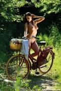 http://thumbnails103.imagebam.com/55302/fe84dd553017753.jpg