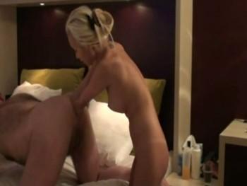 Pussy lickers women